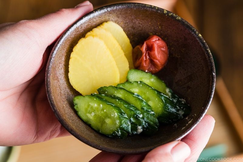 """Tsukemono là món """"dưa muối"""" đặc trưng của người Nhật Bản"""