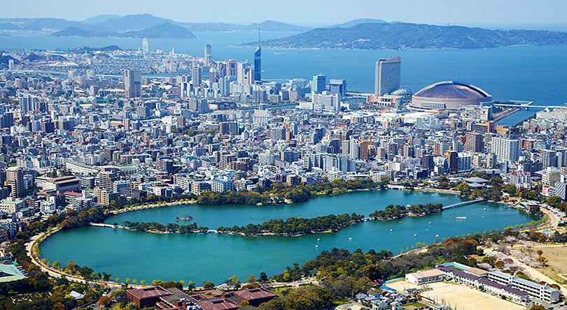 Fukuoka là thành phố lớn nhất phía Nam Nhật Bản