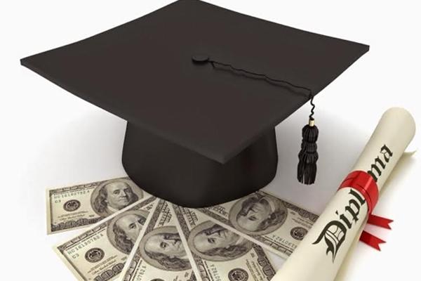 Áp lực về tài chính khi đi du học tự túc
