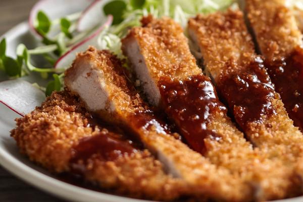 Tonkatsu món ăn truyền thống của Nhật Bản