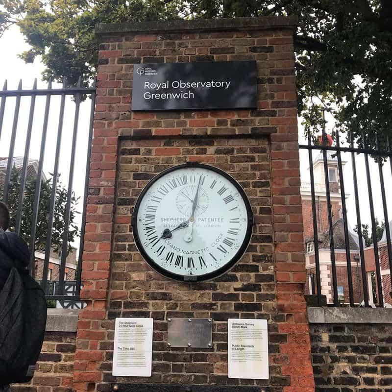 Kinh tuyến số 0, đi qua Đài thiên văn Hoàng gia Greenwich, Greenwich, Luân Đôn, Anh