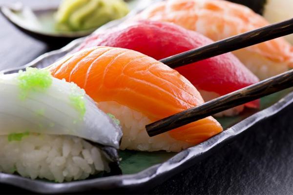 Các loại sushi Nhật Bản: Nigiri Sushi