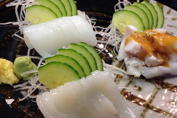 Ika Sashi – món ăn được chế biến từ mực sống tươi ngon