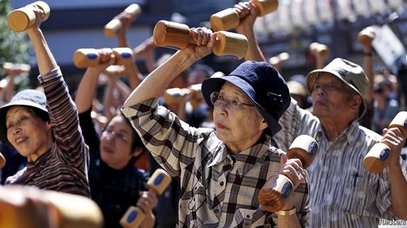 Già hóa dân số báo động ở Nhật Bản