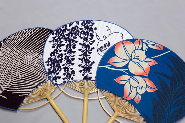 """Những chiếc quạt giấy Uchiwa với họa tiết """"nhìn đã thấy mát"""""""