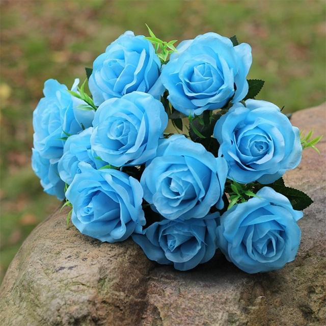 Hoa hồng xanh chứa đựng nhiều ý nghĩa tuyệt đẹp mà được sử dụng trong những ngày lễ đặc biệt.